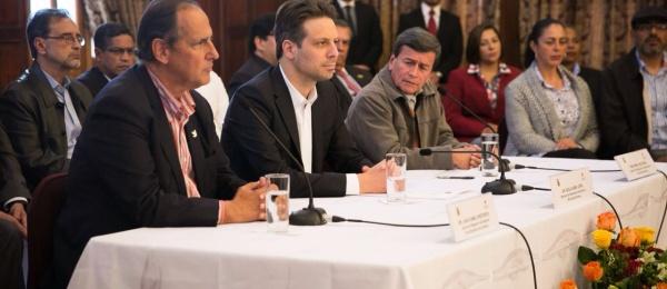 COMUNICADO CONJUNTO: Delegaciones de Gobierno Nacional de Colombia y del Ejército de Liberación Nacional reunidas en Ecuador